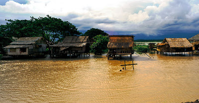 houses on stilts in the delta east of Yangon