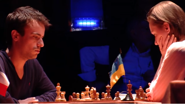 Ronde 14 du Trophée d'échecs Karpov 2015: le Français Romain Edouard joue avec les clouages - Photo © Capechecs