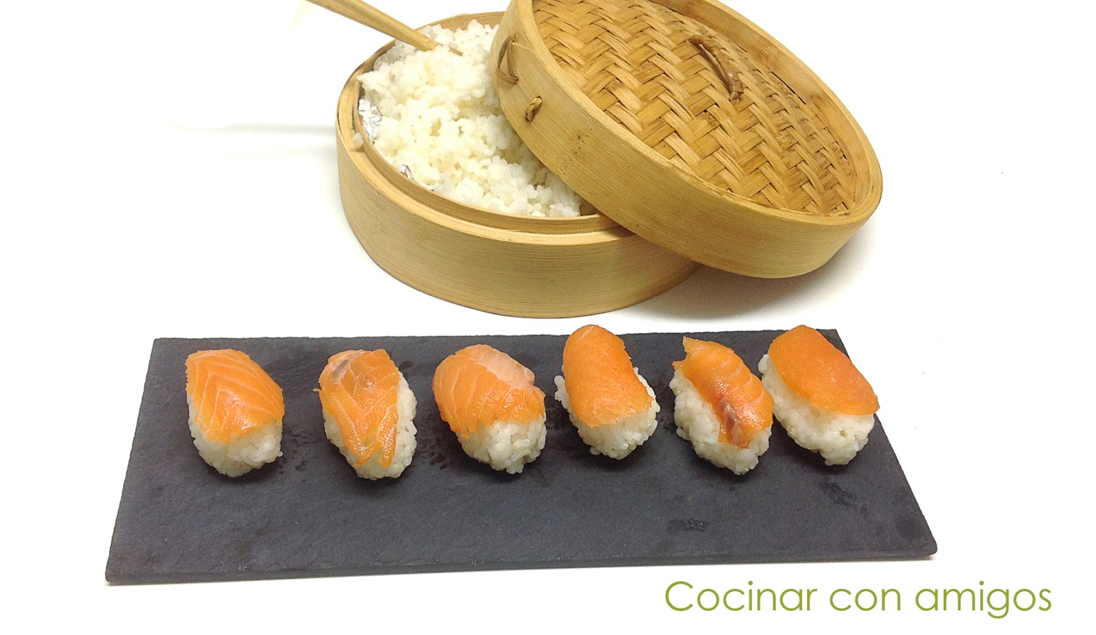 Nigiri sushi de salm n recetas de cocina - Cocinar sushi facil ...
