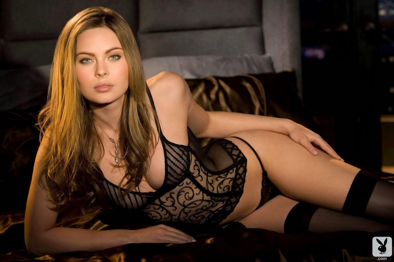 seks-video-nochyu-v-posteli