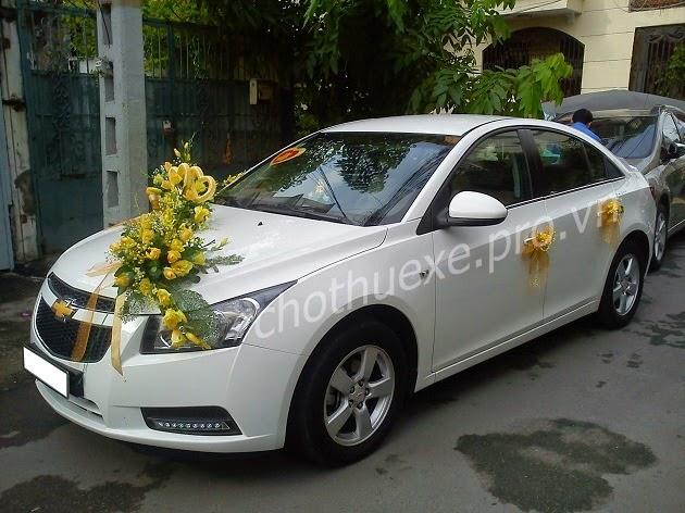 Cho thuê xe cưới giá rẻ Chevrolet Cruze tại Hà Nội - công ty Đức Vinh Trans