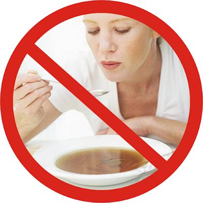 Jangan Dilakukan, Inilah Bahayanya Meniup Makanan Panas