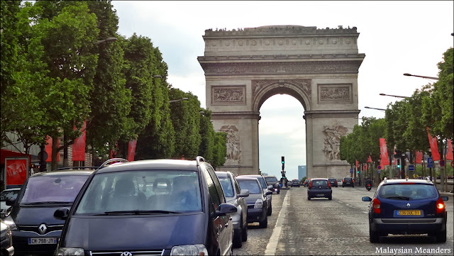 Paris, Champ Elysees, Arc de Triomphe