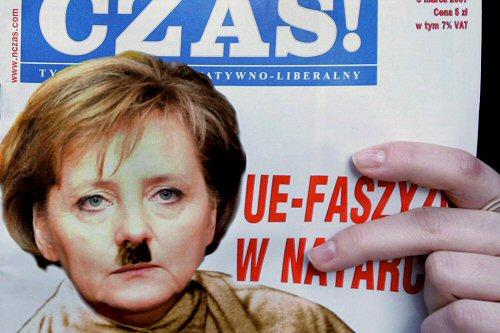 Desentendimentos na Alemanha: Kohl acusa Merkel de estar a destruir o projecto europeu