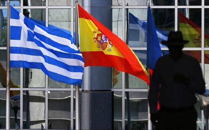 FT: Η Ε.Ε. θα ενισχυσει την Ελλαδα και την Ισπανια αντι των χωρων της ανατολικης Ευρωπης