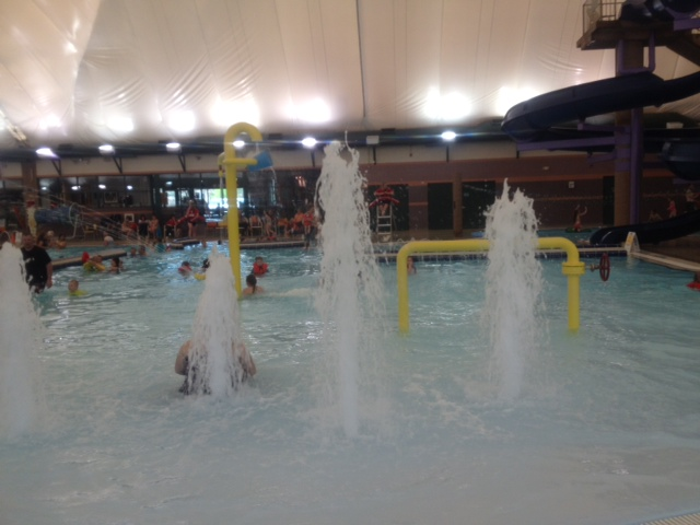 Sand hollow aquatic center st george utah mountain mom and tots for Sand hollow swimming pool st george
