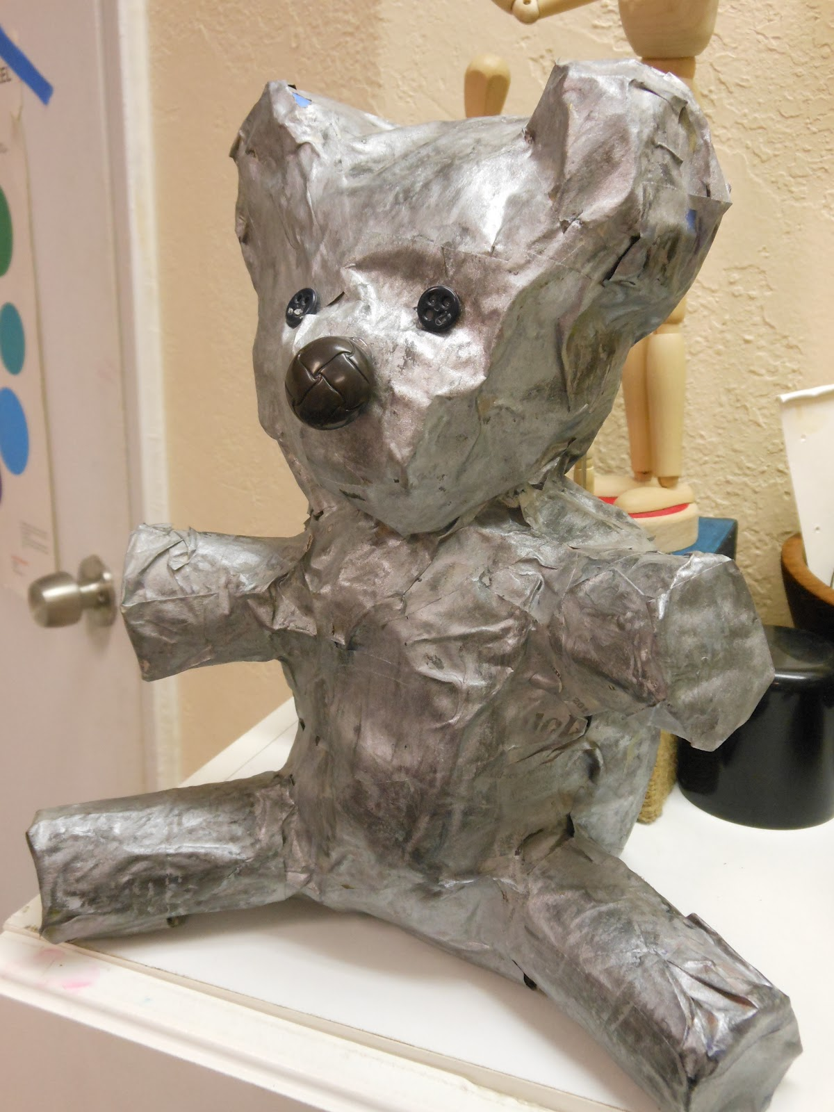 Art to go paper mache animals for Making paper mache animals
