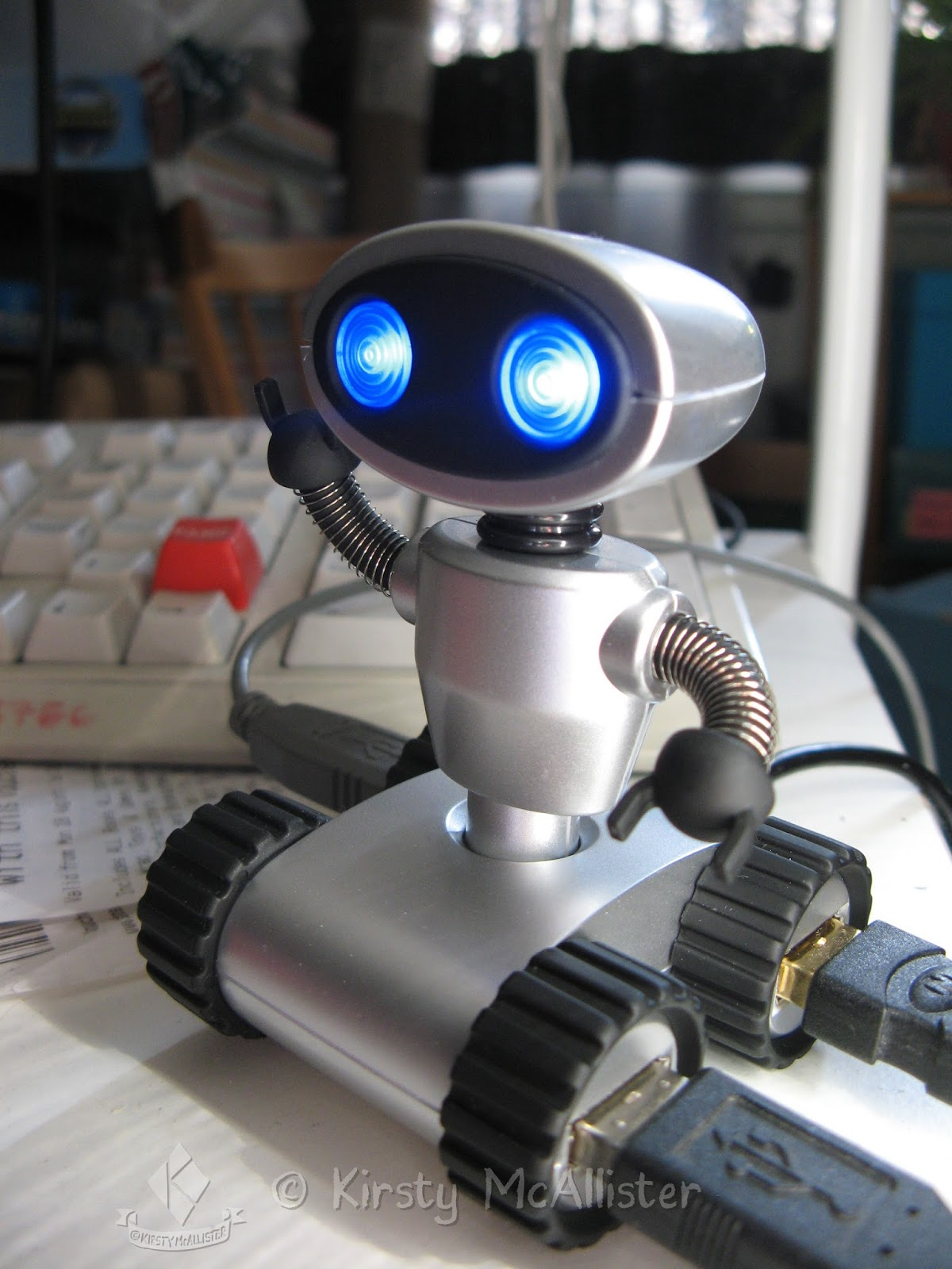 http://www.cartridgepeople.com/Product/View/14655/Robot-Hub.html