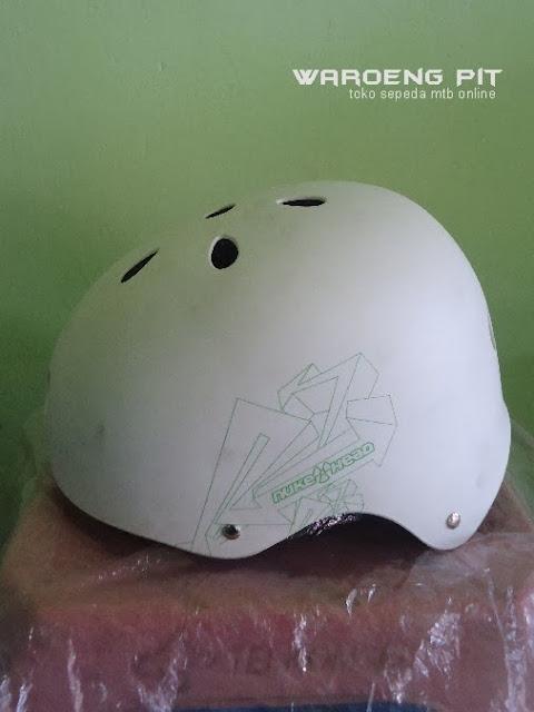 Jual Helmet Nuke head putih sepeda mtb bmx  murah  2