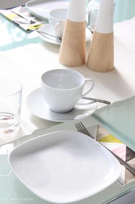 Ich lade Euch ein zur Kaffeetafel, es gibt Sonntagssüß, eine Kokosbuttercremetorte natürlich samt Rezept beim Südtiroler Food- und Lifestyleblog kebo homing