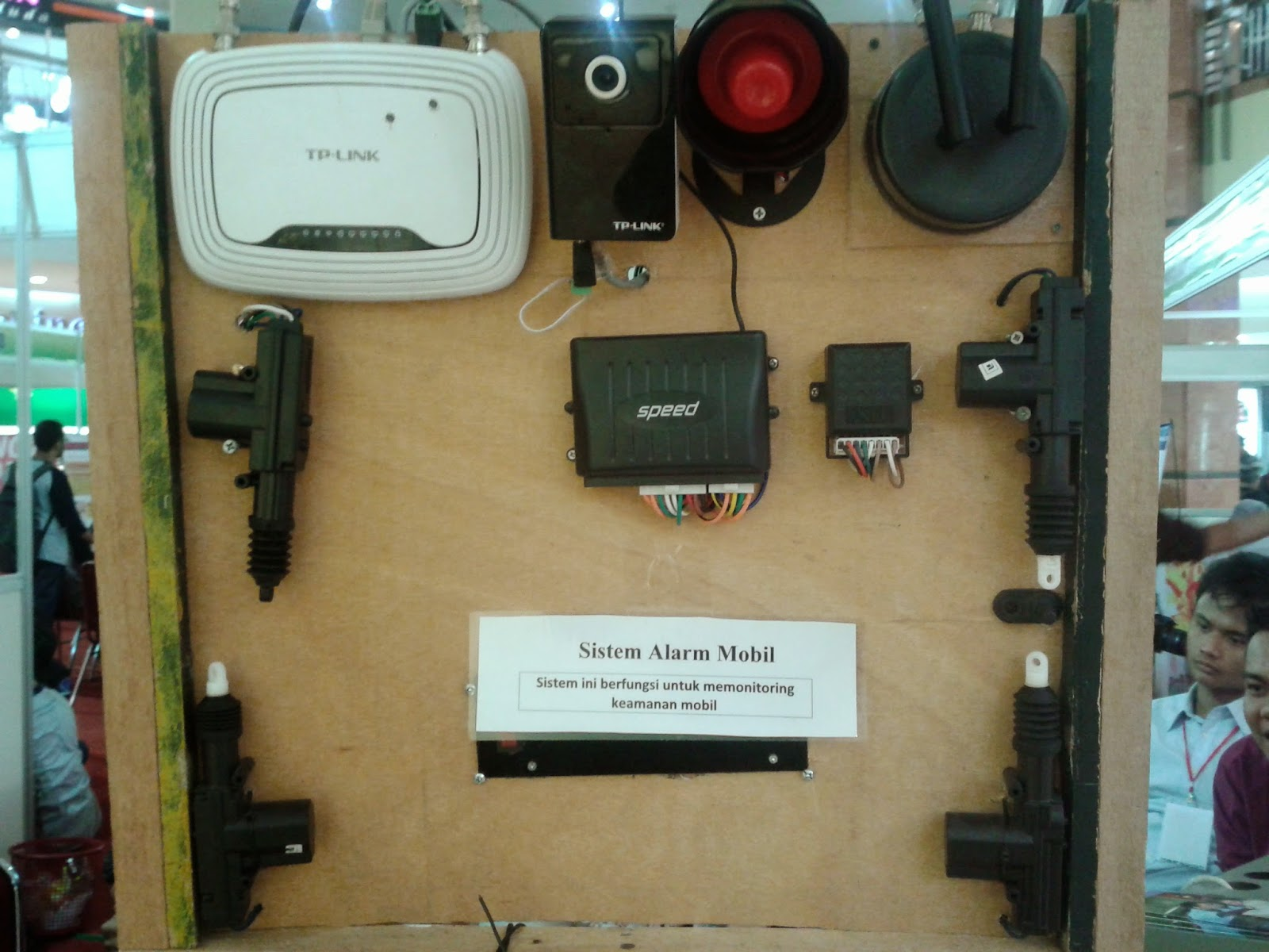 Sistem-Alarm-Mobil-PCR-EDUEXPO-Elvina-Yanti