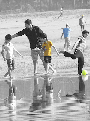 Kids playing at Aksa Beach