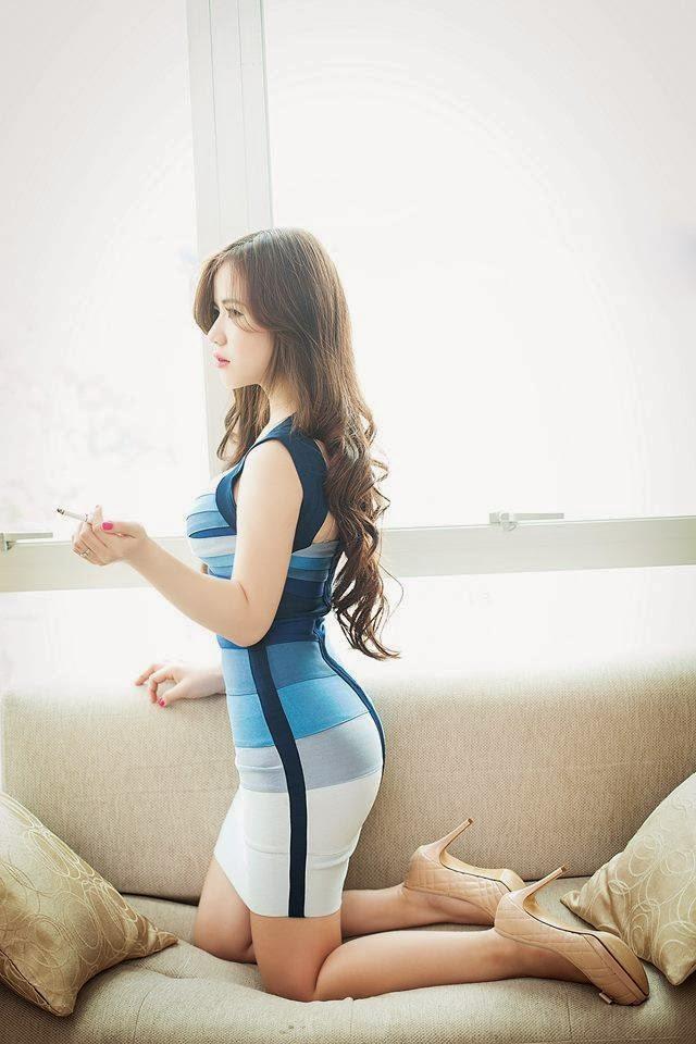 Jessie Ly Doãn xinh đẹp gợi cảm quyến rủ