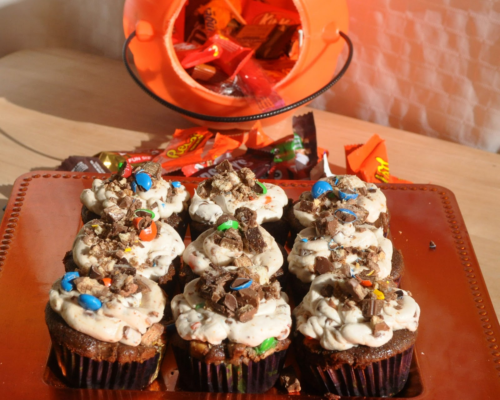 Beki Cooks Cake Blog Leftover Halloween Candy Cupcakes - Cupcakes for thanksgiving decorating ideas