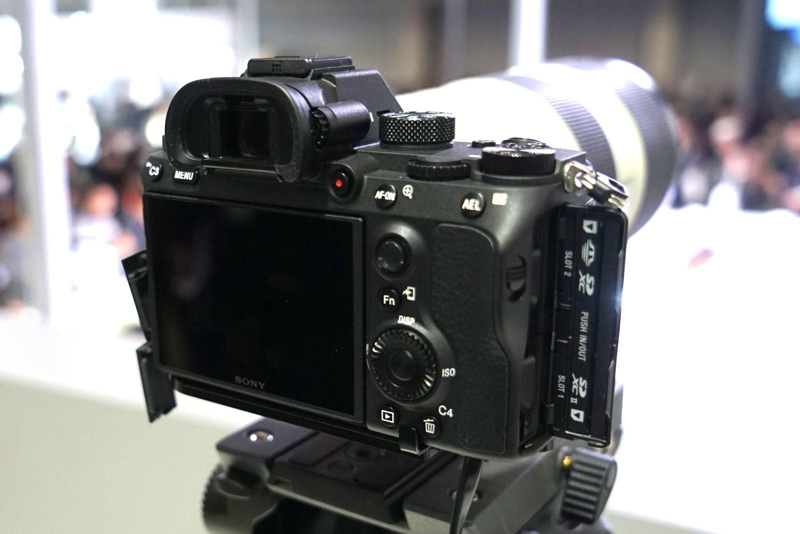 ボディ SONY ILCE-7M3 [ ミラーレス一眼カメラ | デジタル一眼カメラ | デジタルカメラ ] 【KK9N0D18P】 《新品》 α7III (ソニー)