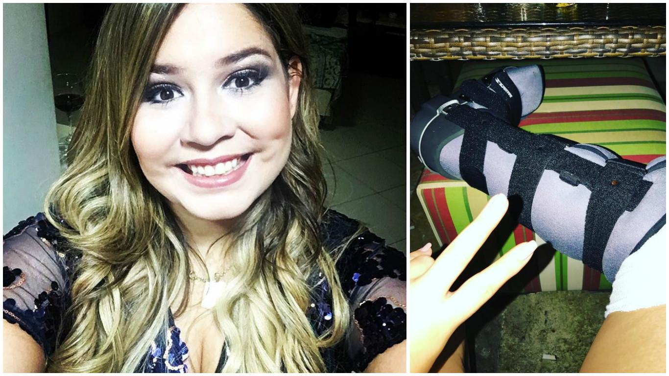 """Após cair no palco, Marília Mendonça mostra pé imobilizado: """"Tem que postar mesmo"""""""