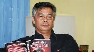 KPK menangkap Ketua MK akil mochtar