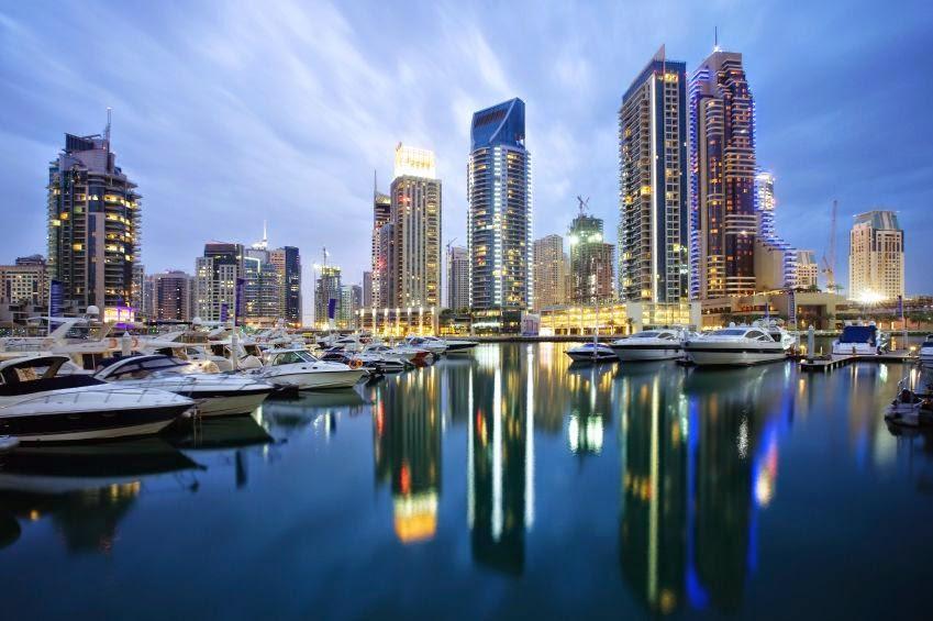 Дубай - крупнейший торговый, финансовый и туристический центр Ближнего Востока.