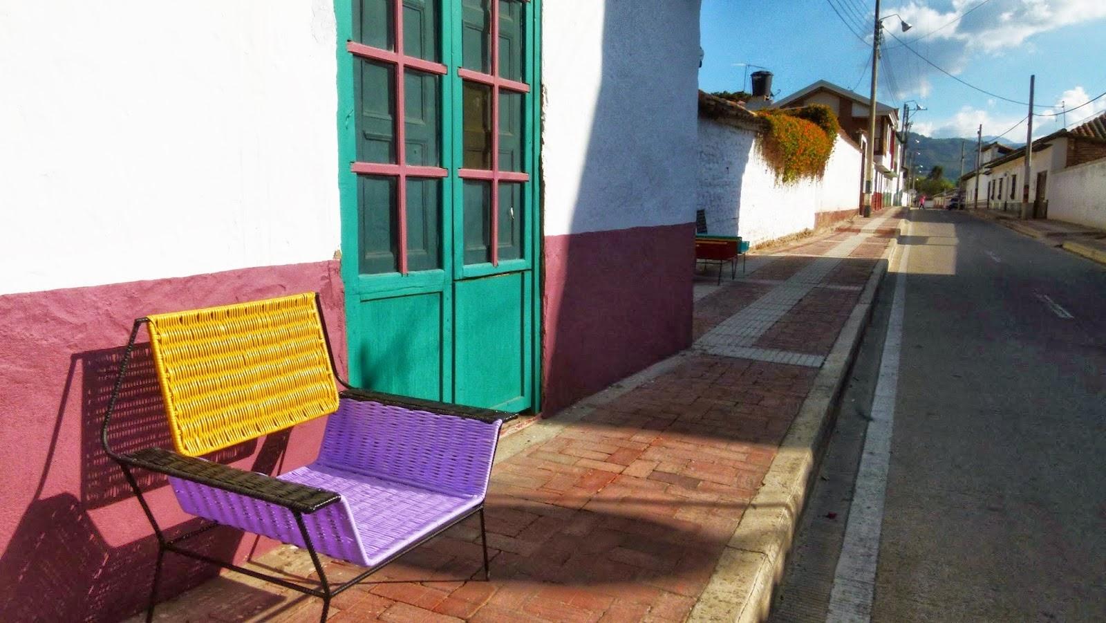 atelier rue verte le blog chaises marni salon du meuble de milan. Black Bedroom Furniture Sets. Home Design Ideas