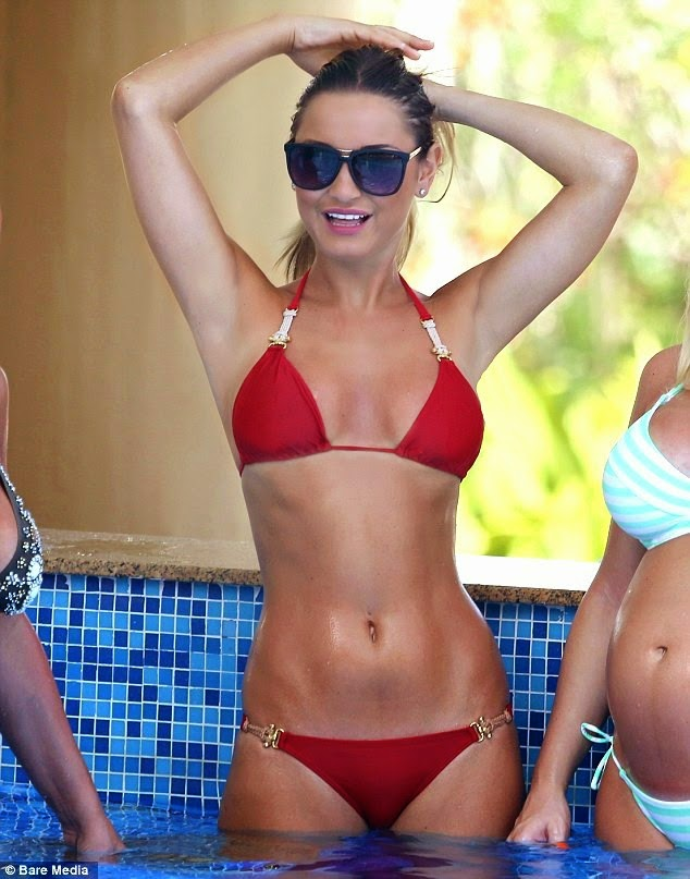Sam Faiers – Bikini on Holiday in Dubai
