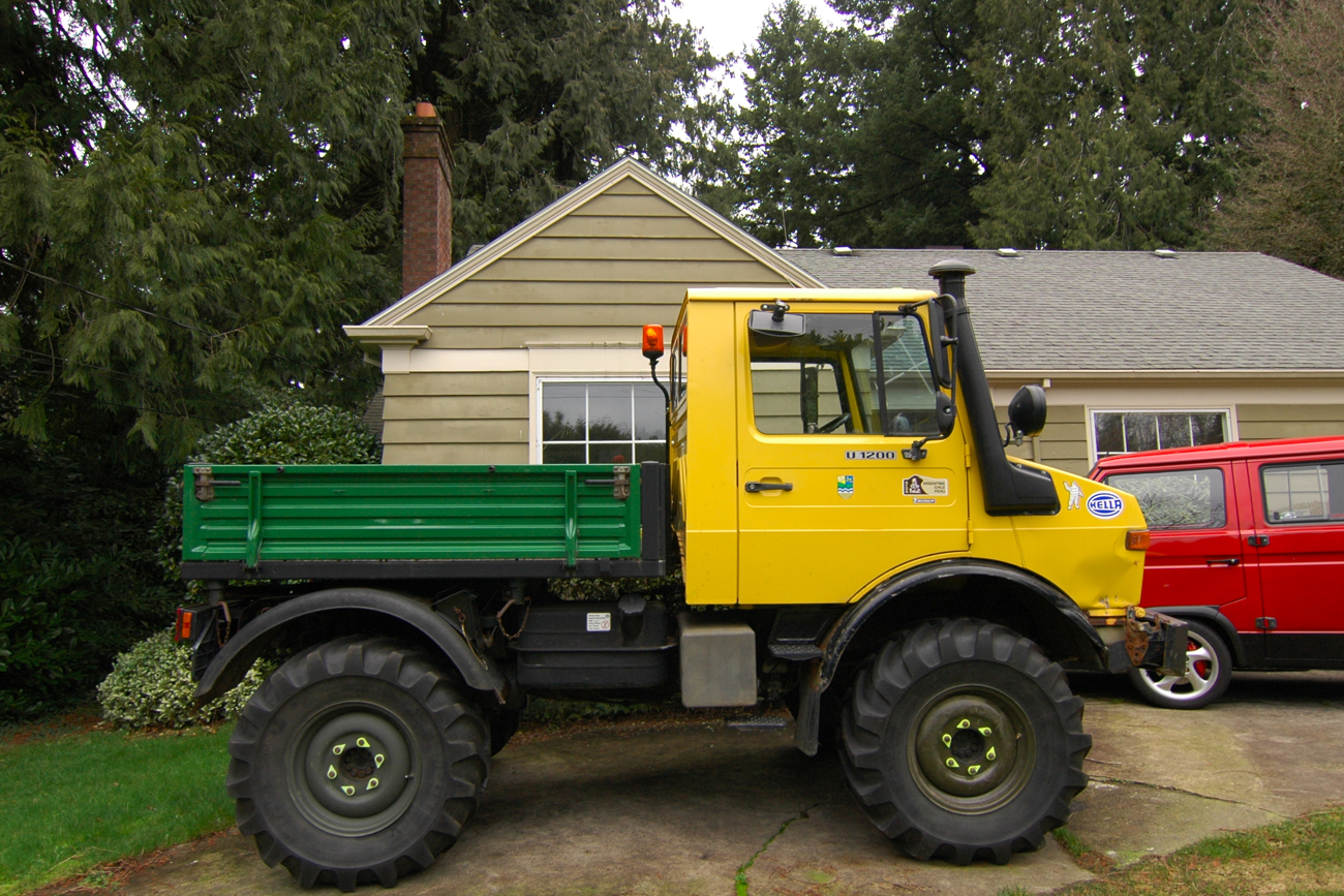 Old parked cars german tonka trucks part 3 1994 unimog for Mercedes benz military vehicles