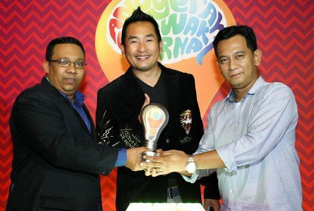 Senarai Top 5 Anugerah Lawak Warna 2014