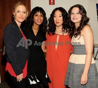 Sandra Oh with Kadee Strickland, Kerri Washington and Katie Lowes.