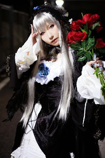 Saku cosplay as Suigintou from Rozen Maiden