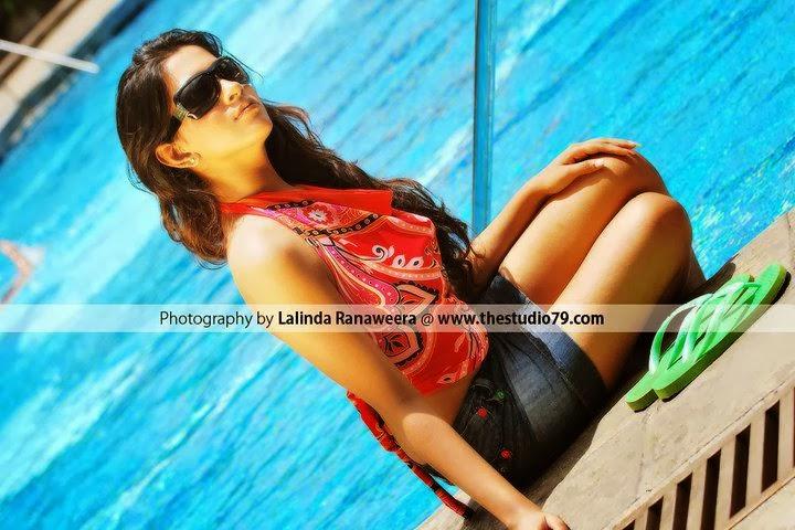 Nathashiya Amanda legs