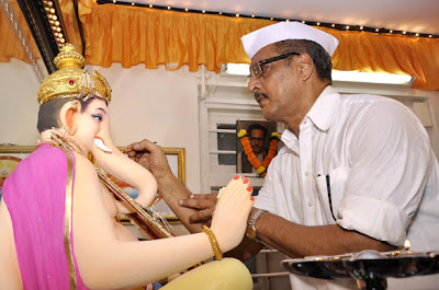 Nana Patekar celebrates Ganesh Chaturthi