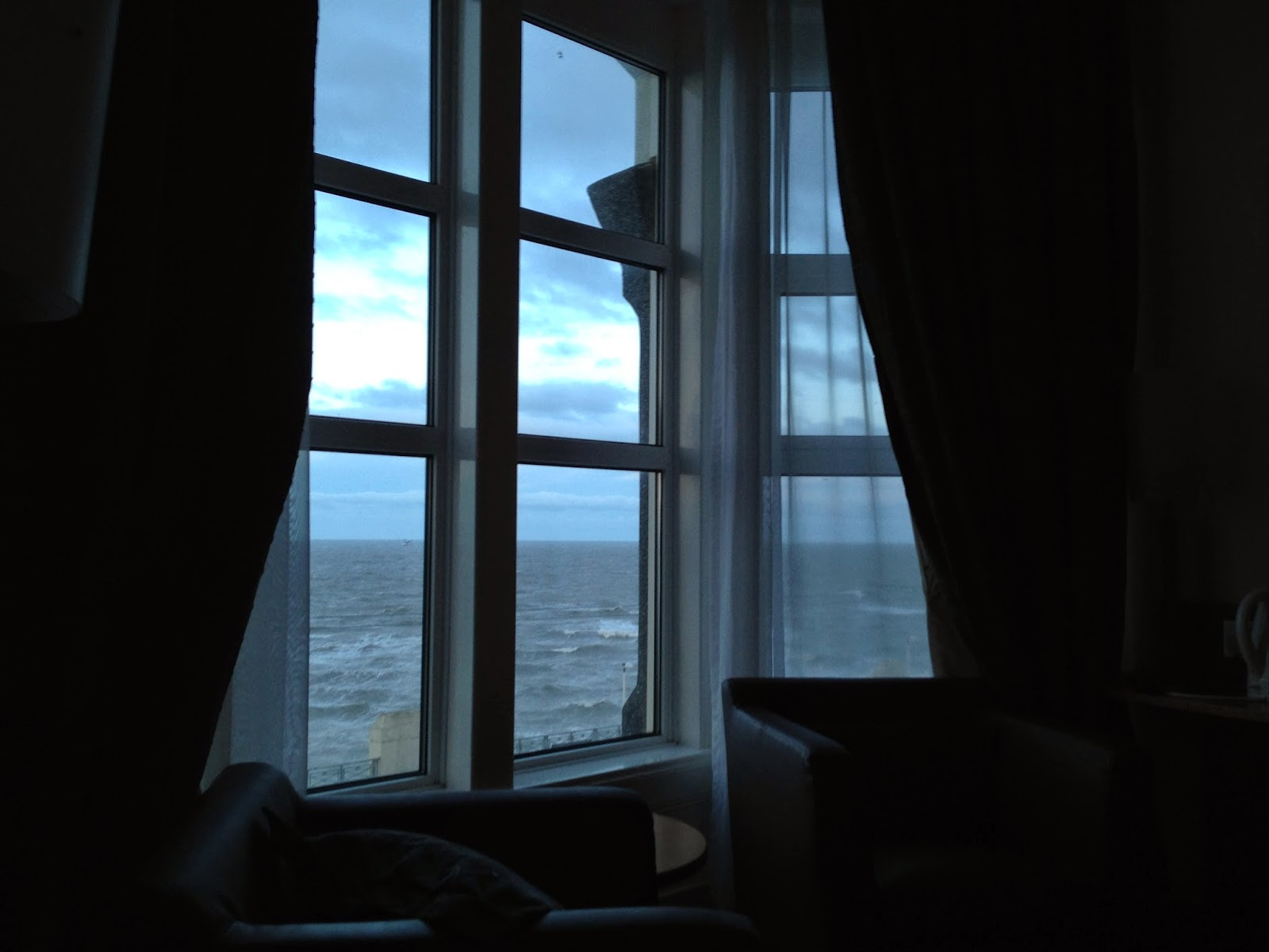 Blackpool hotel room, atlantic rollers, Executive double, Strand Hotel