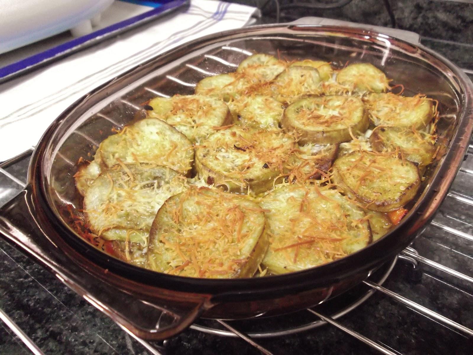 Berenjenas al horno con queso suspiros de chocolate - Berenjena rellena al horno ...
