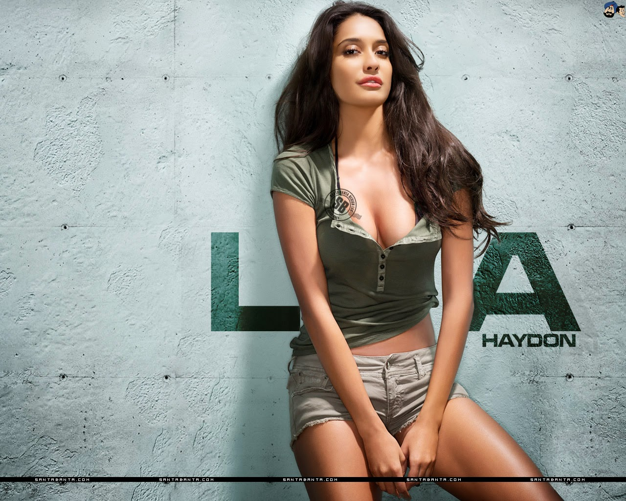 Lisa haydon Wallpaper 6 With 1280 x 1024 Resolution ( 297kB )