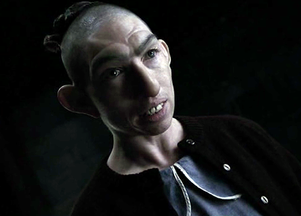 Naomi Grossman como Pepper em Asylum