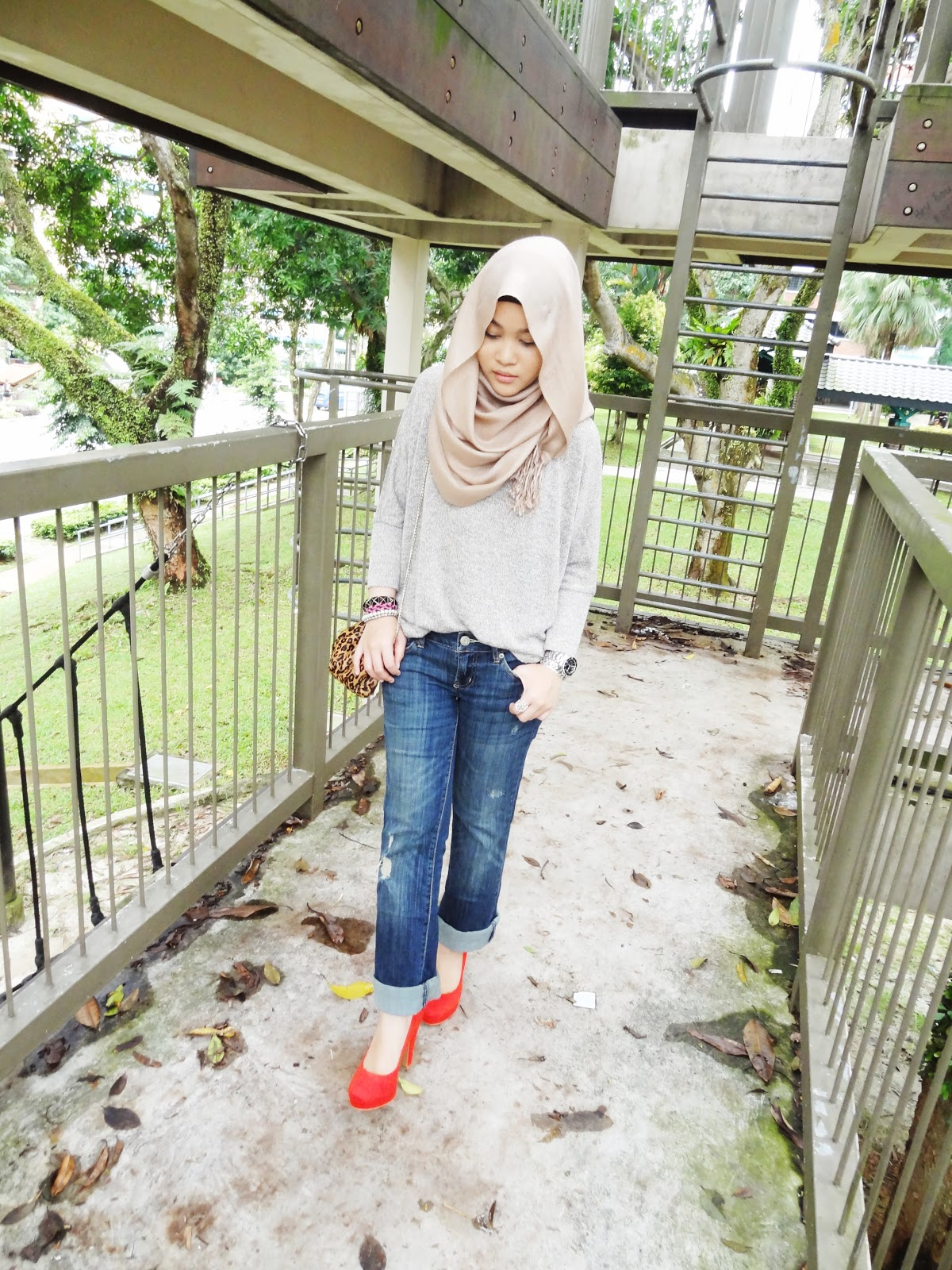 Outfit Boyfriend Jeans Hijab