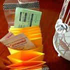 http://casaeglys.blogspot.mx/2015/09/diy-empaquetado-bonito-organizador.html