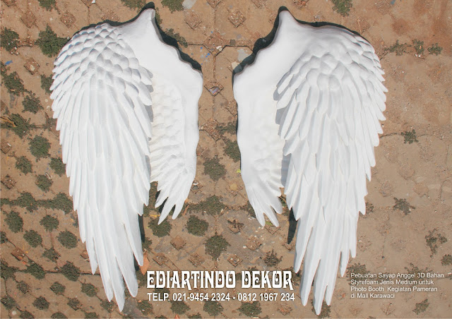 Pembuatan Sayap Angel Untuk Kegiatan Photo Booth
