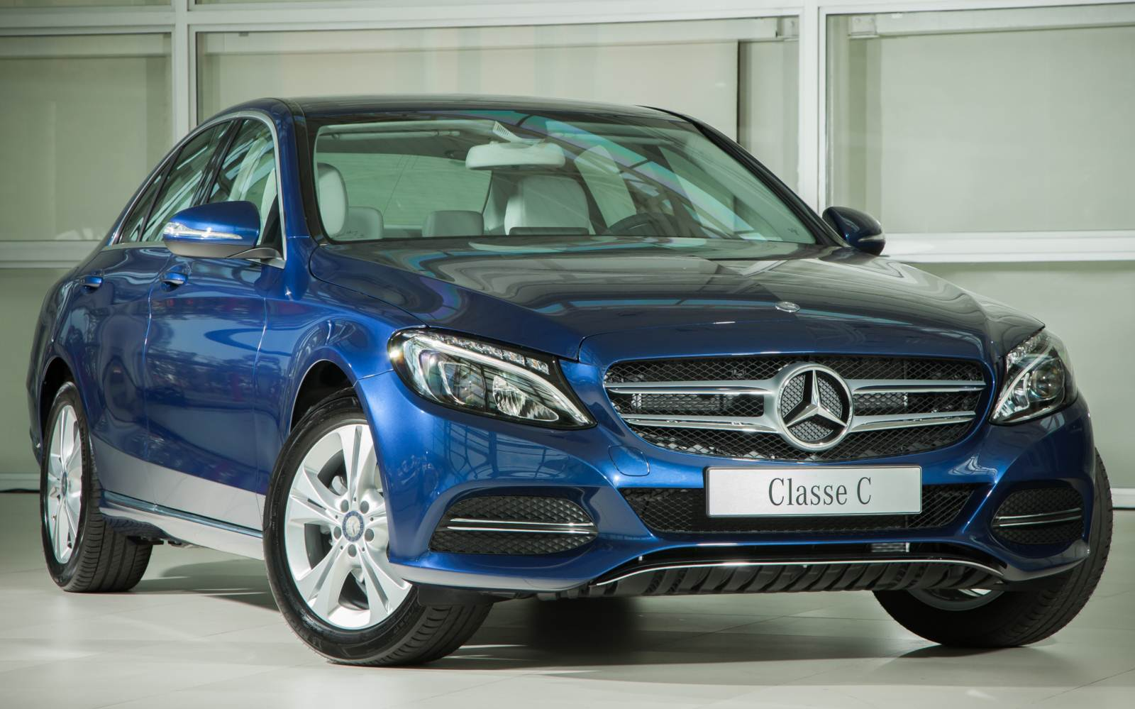 Novo Mercedes-Benz C180 2015: Avantgarde e Exclusive | CAR.BLOG.BR ...