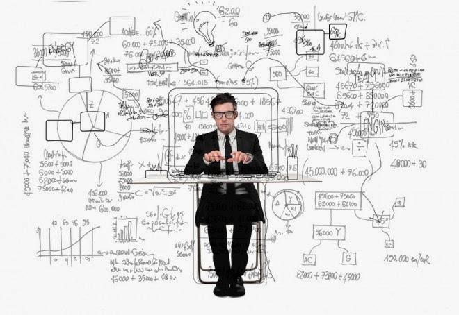 Community-Manager-profesional-artículo