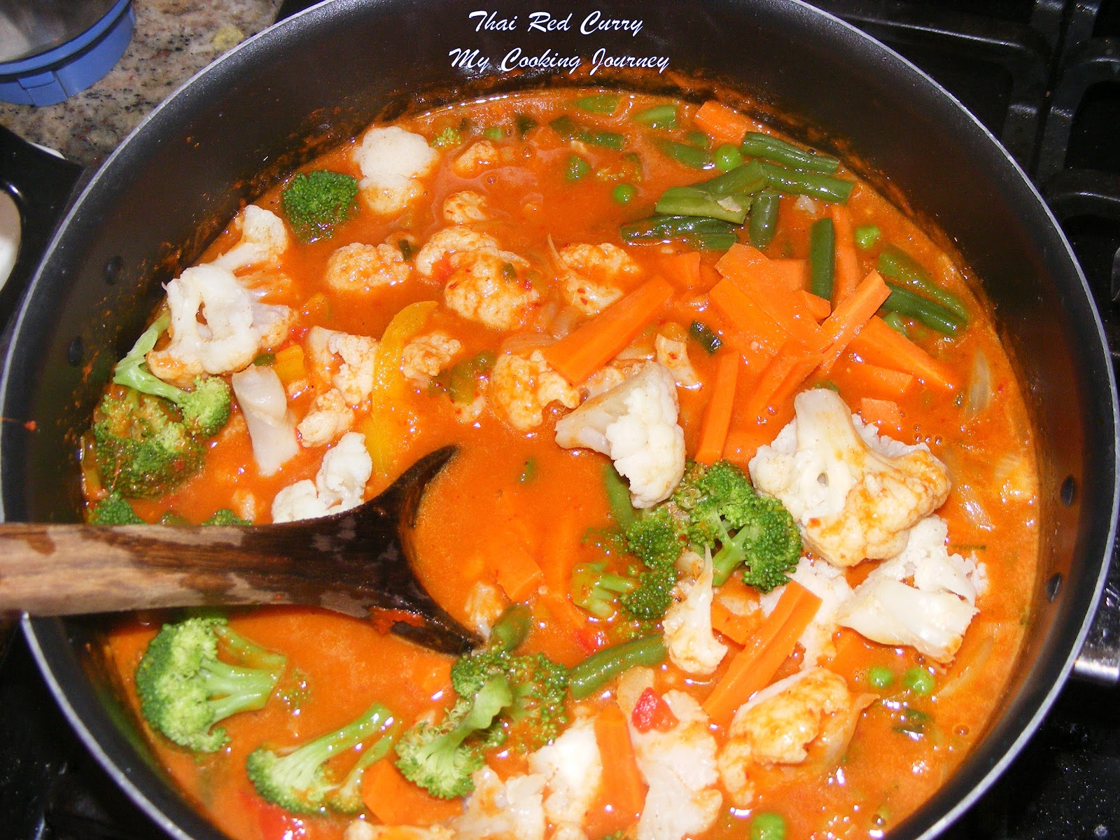 Thai red curry with asparagus and tofu recipe dishmaps for Best thai red curry