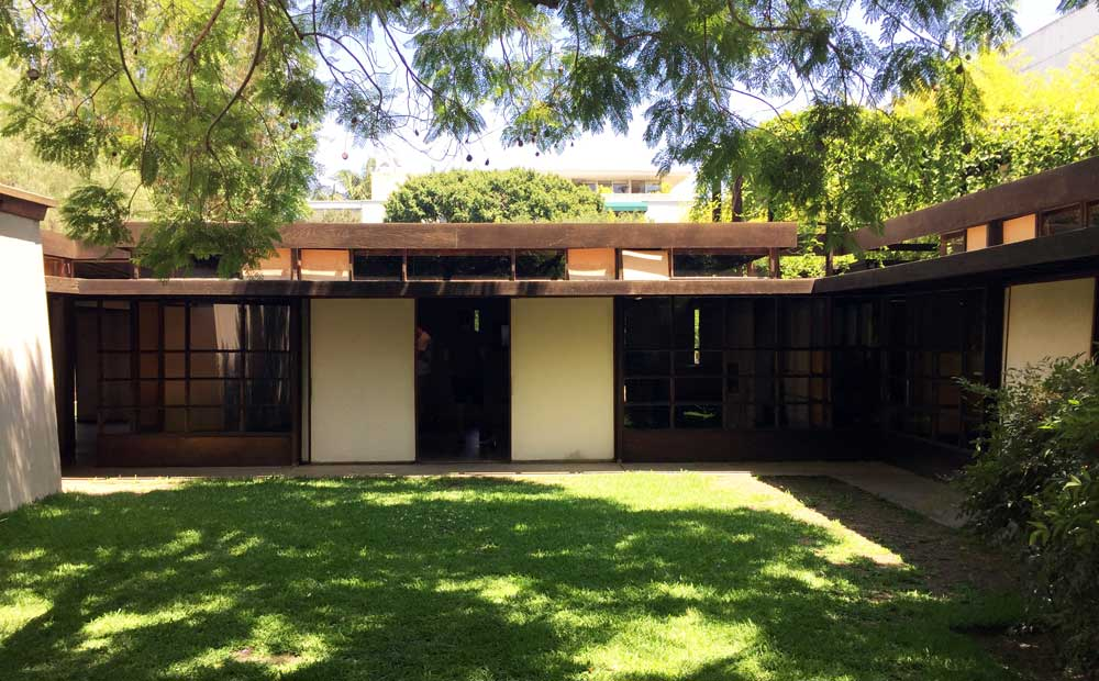 classic design Architectural Tour Schindler House Los Angeles