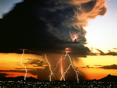 lightning pictures desktop