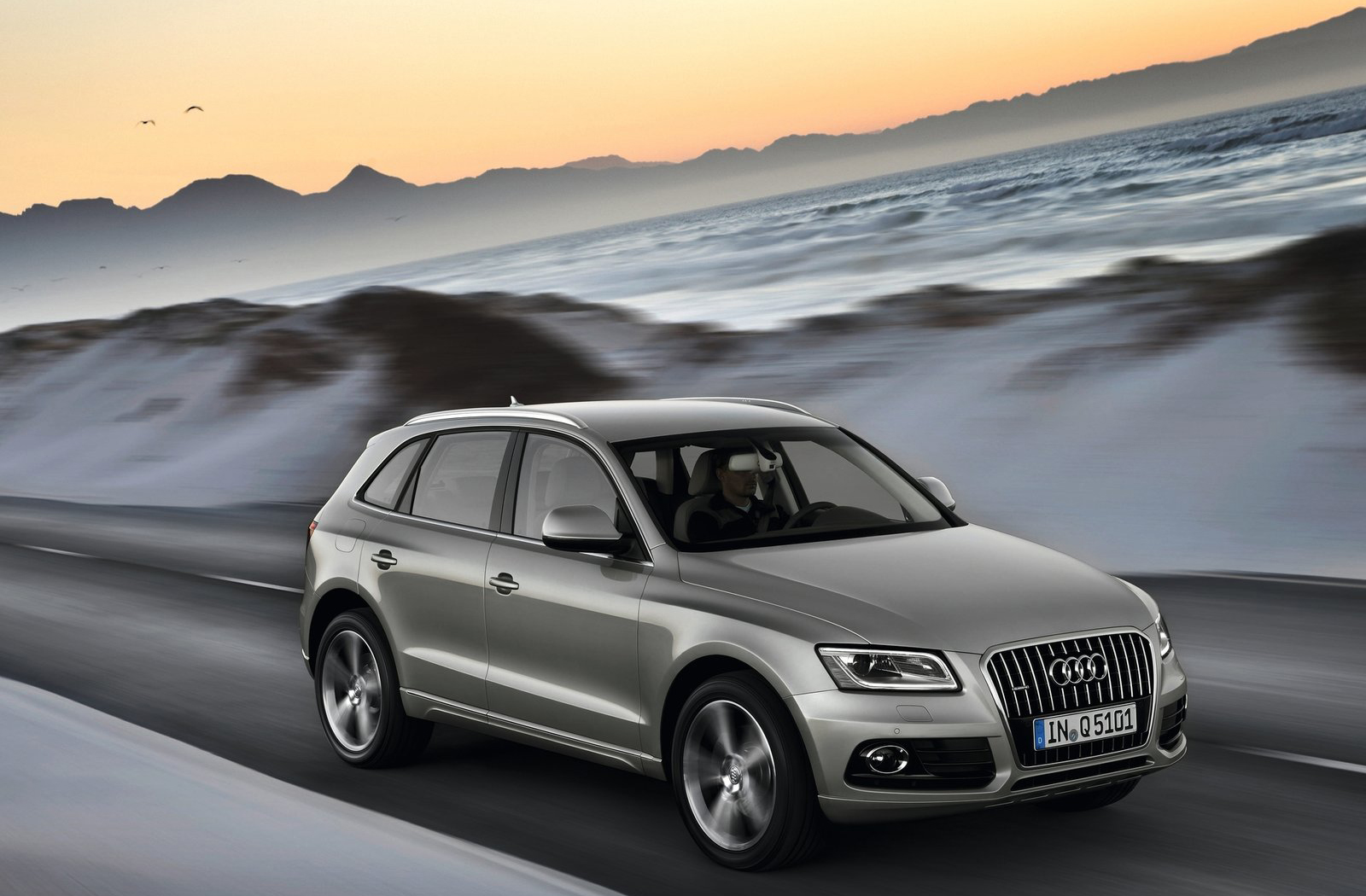 audi q5 hd wallpapers the world of audi. Black Bedroom Furniture Sets. Home Design Ideas