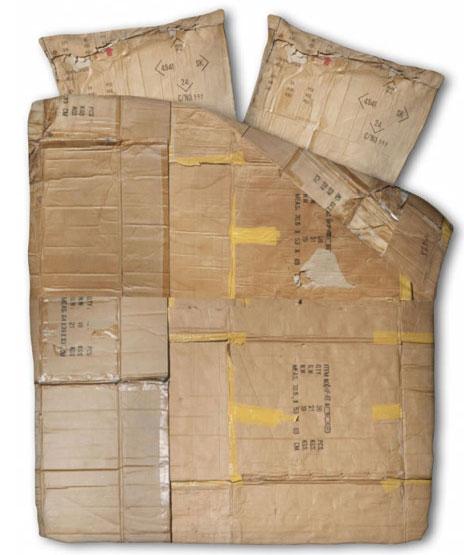 jogo de cama de papelão