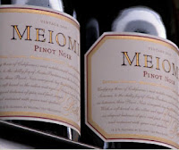 label shot of Meiomi Pinot Noir