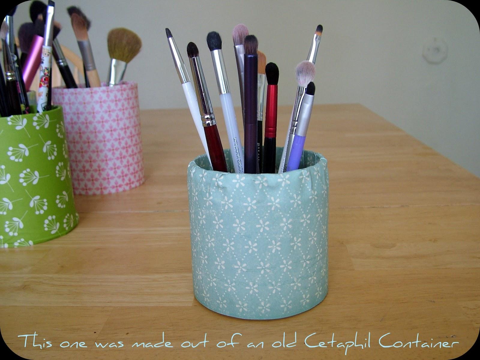 chelli blue melon 1 cute makeup brush holders tutorial. Black Bedroom Furniture Sets. Home Design Ideas