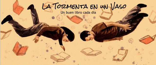 tormenta, vaso, libros