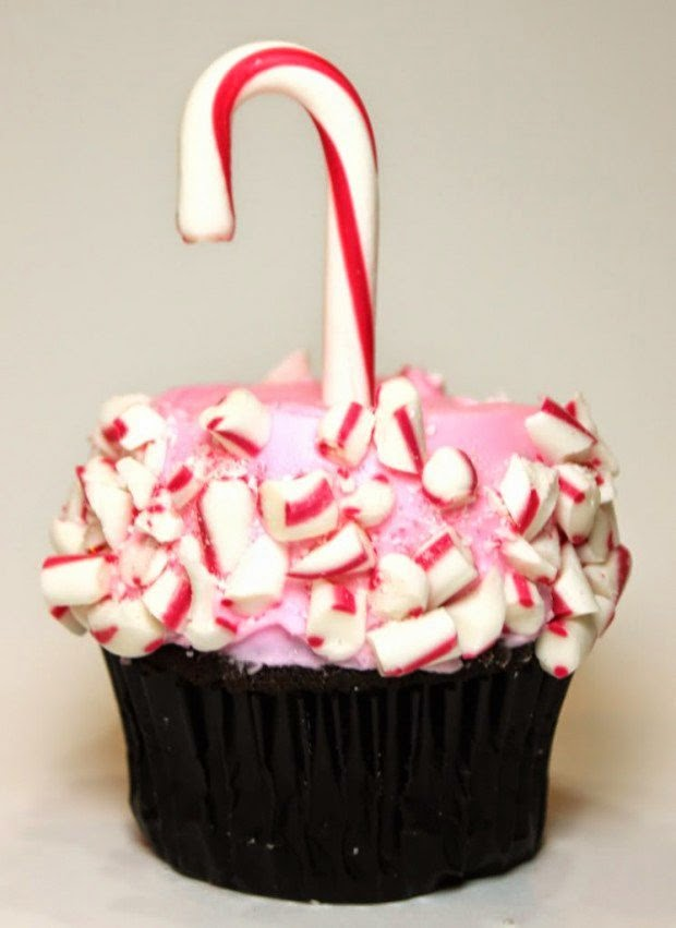 http://www.createdby-diane.com/2010/12/pretty-in-pink-candy-cane-cupcakes.html