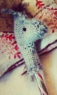 http://claire-garland.blogspot.com.es/2013/12/horsey-pen-topper-stocking-stuffer.html?view=flipcard