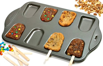 Quirky Foodie Gift Ideas for Friends and Family: Brownie + Cookie Pop Baking Mold